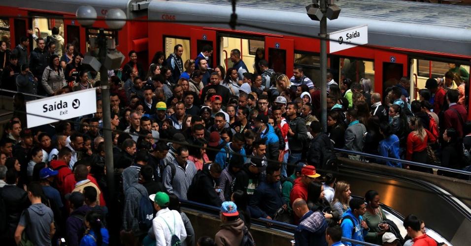 GREVE: Linhas da CPTM paralisam serviços e 780 mil passageiros são prejudicados