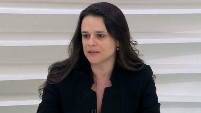 Janaina Paschoal diz que Bolsonaro pode não terminar mandato