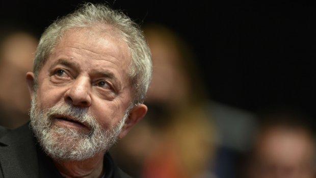 Lula diz que não pagou por reformas porque não era dono do sítio em Atibaia